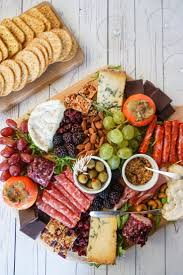 tips for making the ultimate charcuterie and cheese board cheese