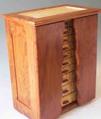 standing jewelry boxes with necklace holders