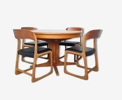 chaise traineau baumann table ronde et chaises traineau baumann bois matériau bois