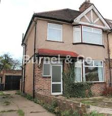 One Bedroom Flat For Rent In Hounslow 3 Bedroom Property For Sale In Hounslow Zoopla