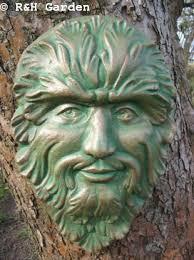 large green man wall plaque garden ornament amazon co uk garden