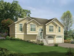 split level house with front porch split level home covered front porch dallas home building