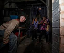 halloween horror nights rip tour 2016 halloween horror nights an u0027rip u0027 tour of all 9 houses travelpulse