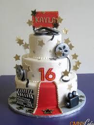 Movie Themed Cake Decorations Best 25 Hollywood Cake Theme Ideas On Pinterest Movie Cakes