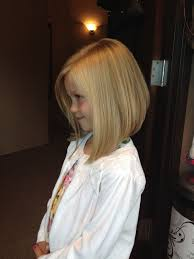 angled hairstyles for medium hair 2013 25 belles coupes pour petites filles angled haircut haircuts