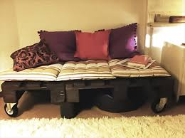 How To Make A Platform Bed With Pallets by Why Buy A Bed When You Can Use Pallets To Make One Here Are 14