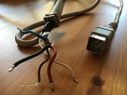 using a c128 power supply for your c64 u2013 wiso u0027s collector blog