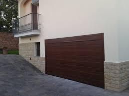 porte sezionali per garage portoni sezionali per garage belli e sicuri frimarserramenti
