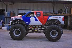 bigfoot 4x4 monster truck bigfoot dresses up for mlb all star game