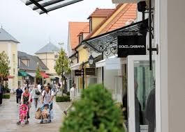designer outlets shopping la vallee outlets near style