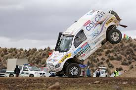 mercedes rally dakar rally crash juan manuel silva and pablo sisterna escape