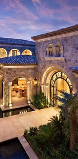 tuscan style home plans best 25 tuscan homes ideas only on pinterest spanish style