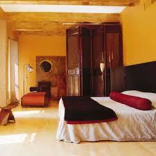 paravent chambre tête de lit réalisée à partir d un paravent