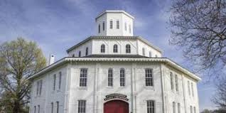 The Round Barn On Clear Creek Compare Prices For Top 119 Wedding Venues In Lexington Kentucky