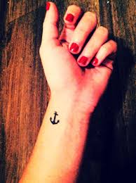 collection of 25 small anchor with on inner wrist