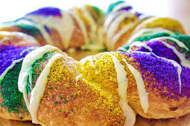 king cake for mardi gras mardi gras king cake recipes healthy and traditional options