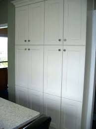 Where To Put Knobs On Kitchen Cabinets Pantry Cabinet Doors Pantry Door Knobs Where To Put Knobs