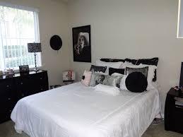 design specialist hollywood glam bedroom pale pink u0026 black