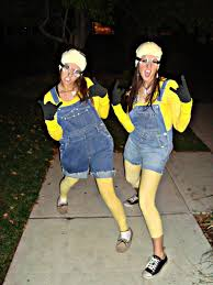 Halloween Minion Halloween Costume Awesome Diy Minion Costume Bursting Smile Minions Halloween Costume