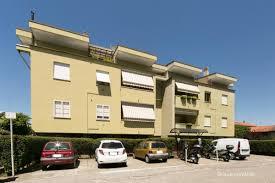 appartamenti in vendita a monza vendita appartamento monza trilocale in via francesco ottimo
