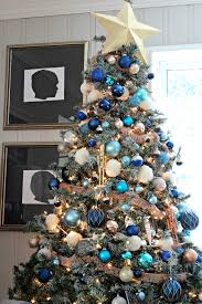 Christmas Tree Decorations Blue And White by Decorations Of Blue On White Christmas Tree Southern State Of Mind