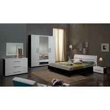 miroir dans chambre miroir chambre a coucher maison design edfos com