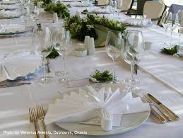 dubrovnik wedding dinner tables decorations