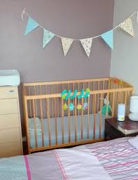 lit bébé chambre parents 17 astuces pour amenager cool amenager chambre bebe dans chambre