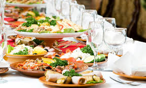 wedding caterers tips to find cheap wedding catering services