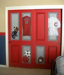 Stylish Closet Door Ideas That Add Style To Your Bedroom - Sports locker for kids room