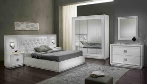 chambre moderne blanche décoration chambre moderne adulte blanche 78 avignon 10241106