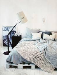 Diy Platform Bed From Pallets by Diy Pallet Platform Bed Plan Palettes Pinterest Pallet