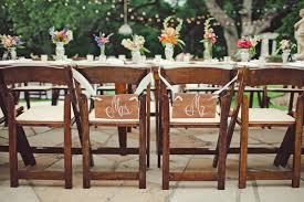 Mr And Mrs Sign For Wedding 20 Diy Sign Ideas For Your Next Wedding Or Event Brit Co