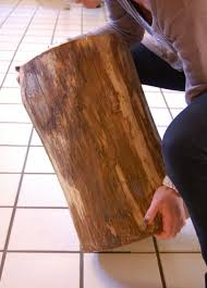How To Make A Wood Stump End Table by Stumped How To Make A Tree Stump Table The Art Of Doing Stuffthe