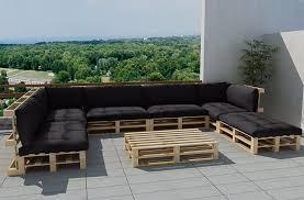 canap fait avec des palettes chambre canapé en palettes salon de jardin en palette tutos pour