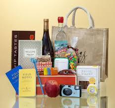 hotel gift bags for wedding guests wedding hotel gift bags wedding photography