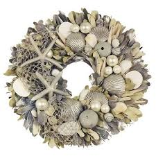 Christmas Wreaths Decorated With Seashells by 89 Best Wreaths Images On Pinterest Wreath Ideas Christmas