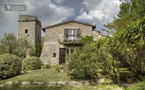 umbria typical farmhouse with tower between todi and orvieto
