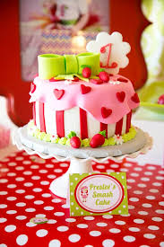 1st birthday cake 101 adorable smash cake ideas momtastic