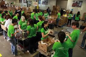 thanksgiving volunteer opportunities in do512 family