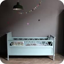 le sur pied chambre bébé lit bébé bois vintage b486 atelier du petit parc