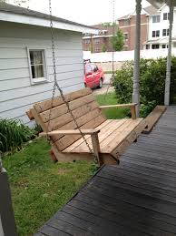 my porch swing made from a single wood pallet nbd