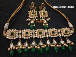 green necklace set images Traditional green color kundan necklace set for women south jpg
