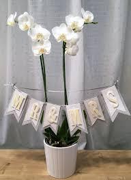 blumen geschenke zur hochzeit stilvolles hochzeitsbanner blumen basteln papier stempel