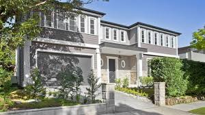 love this modern victorian and hamptons themed exterior love the