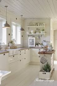 shabby chic kitchen design ideas 25 best cottage kitchens ideas on white cottage