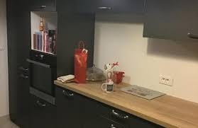 cuisine stratifié cuisine avec plan de travail en chêne stratifié authentic photo de