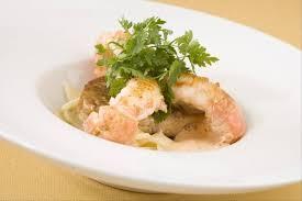 cuisiner des queues de langouste recettes queue langoustine par l atelier des chefs