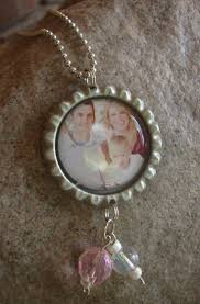 bottle cap necklaces ideas 39 best diy mother u0027s day gifts images on pinterest jewelry