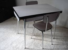 petit table de cuisine table de cuisine en formica top formica infiniti with table de